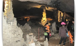 เที่ยวถ้ำกองลอ ทัวร์ถ้ำกองลอ เมืองท่าแขก ทัวร์ลาว เที่ยวลาวกลาง เขยลาวทัวร์